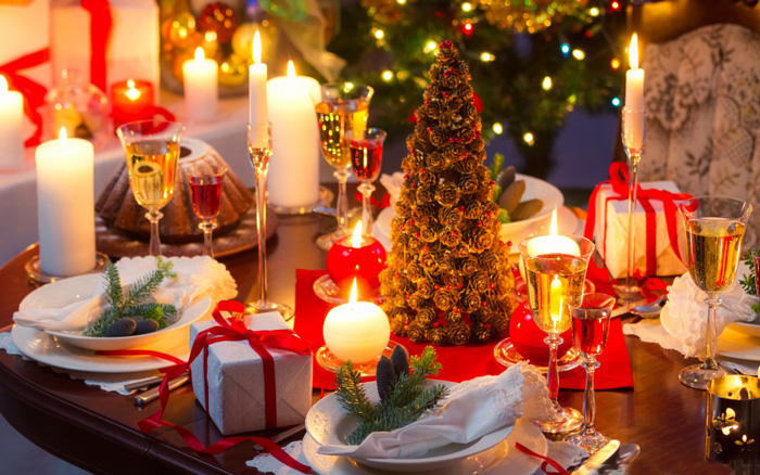 christmas-dinner-table-wallpaper